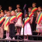 children_slide_choir